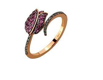 Золотое кольцо с фианитами Артикул 15-000108565