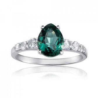 Серебряное кольцо с кварцем и фианитами. Артикул 1320/1р-QGR