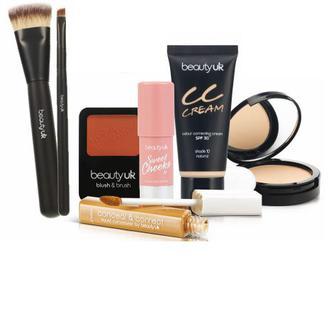 Декоративна косметика та аксесуари Beauty UK